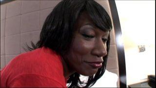 Hot Ebony Teen takes Big Facial in Black Amateur Sex Video