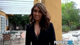 PropertySex – Bad real estate agent goes extra mile to keep client happy